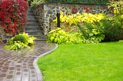 Landscaping photos bc lawncare greenville landscaping for Landscaping rocks greenville sc